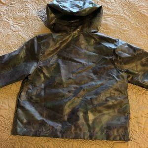New Oshkosh B'gosh camo raincoat